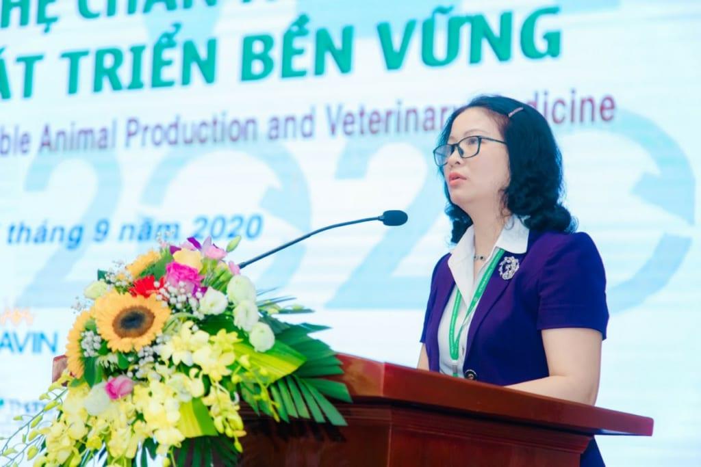 GS TS Nguyễn Thị Lan – Giám đốc Học viện Nông nghiệp Việt Nam phát biểu khai mạc hội thảo (Ảnh: Học viện Nông nghiệp Việt Nam)